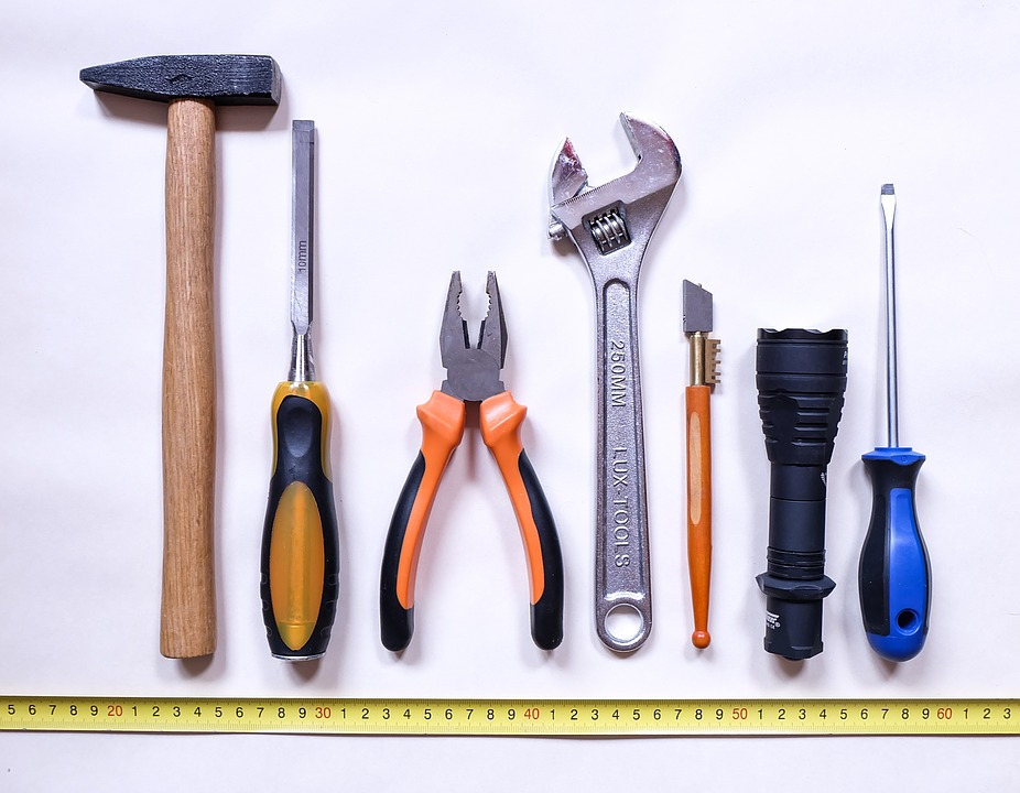 tools-2145771_960_720